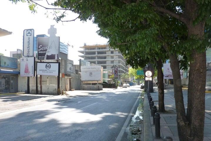 Local Comercial Distrito Metropolitano>Caracas>Las Mercedes - Venta:1.500.000 Precio Referencial - codigo: 20-10675