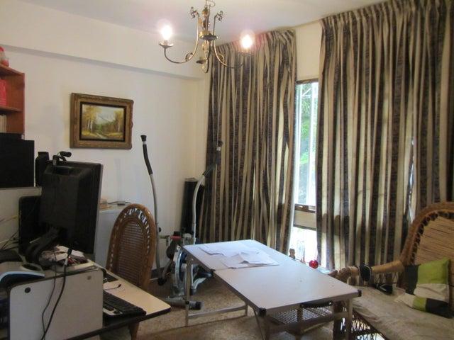 Apartamento Miranda>San Antonio de los Altos>La Arboleda - Venta:92.000 Precio Referencial - codigo: 20-11239