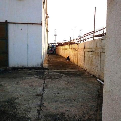 Galpon - Deposito Zulia>Ciudad Ojeda>Cristobal Colon - Alquiler:600 Precio Referencial - codigo: 20-11257
