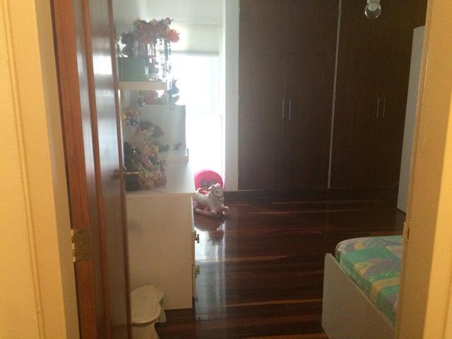 Apartamento Distrito Metropolitano>Caracas>El Cigarral - Venta:69.000 Precio Referencial - codigo: 20-11274