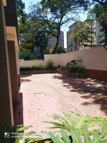 Apartamento Distrito Metropolitano>Caracas>El Paraiso - Venta:52.000 Precio Referencial - codigo: 20-11363