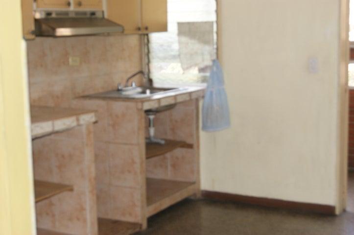 Apartamento Distrito Metropolitano>Caracas>El Valle - Venta:14.300 Precio Referencial - codigo: 20-11516