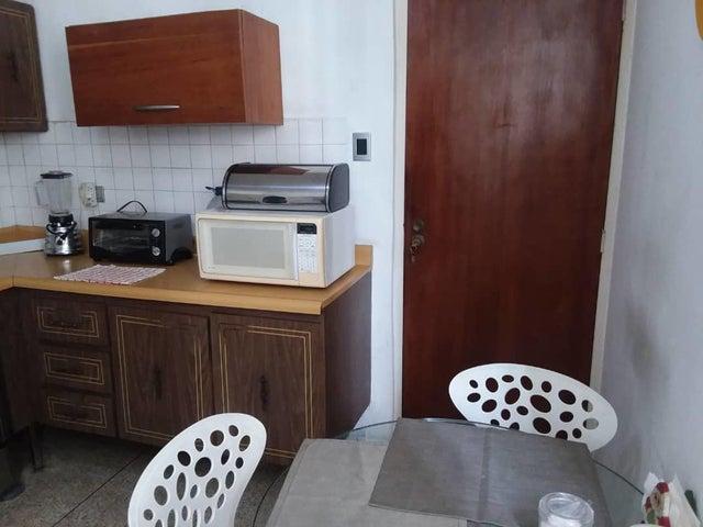 Apartamento Distrito Metropolitano>Caracas>Santa Eduvigis - Venta:130.000 Precio Referencial - codigo: 20-11595