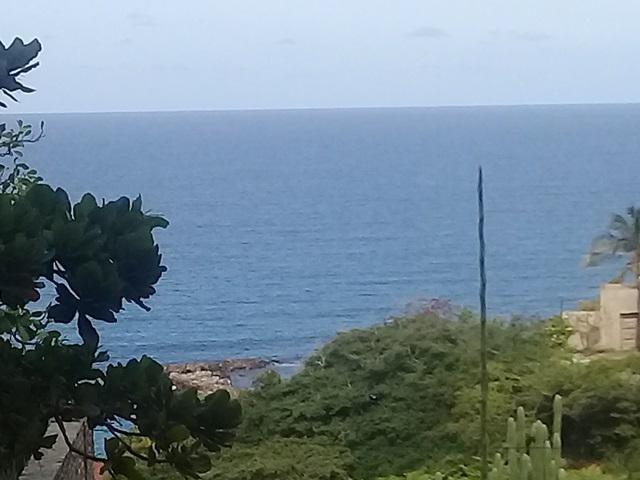 Apartamento Vargas>Catia La Mar>Playa Grande - Alquiler:380 Precio Referencial - codigo: 20-11754