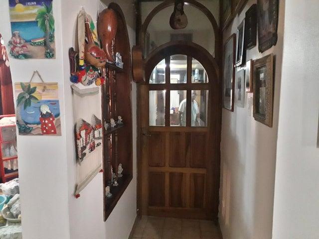 Apartamento Zulia>Maracaibo>Villa Delicias - Venta:25.000 Precio Referencial - codigo: 20-11876
