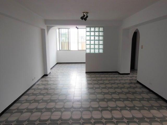 Apartamento Distrito Metropolitano>Caracas>Macaracuay - Venta:50.000 Precio Referencial - codigo: 20-12434