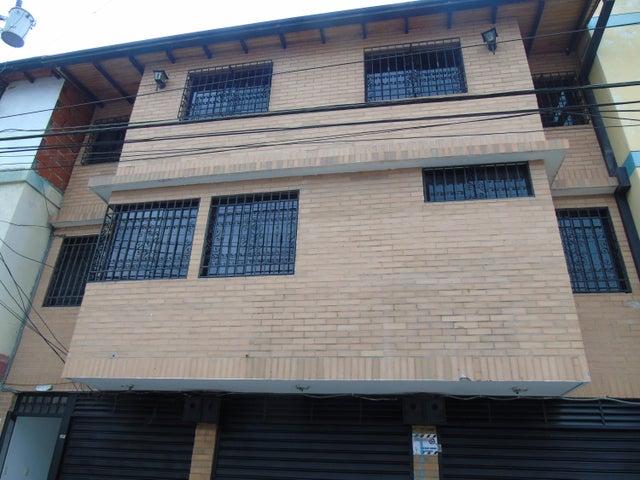 Edificio Merida>Merida>Avenida 2 - Venta:270.000 Precio Referencial - codigo: 20-12355