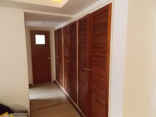 Apartamento Distrito Metropolitano>Caracas>El Rosal - Venta:178.000 Precio Referencial - codigo: 20-12358