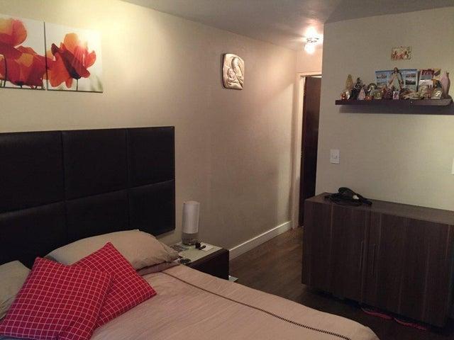 Apartamento Distrito Metropolitano>Caracas>La Union - Venta:72.000 Precio Referencial - codigo: 20-12350