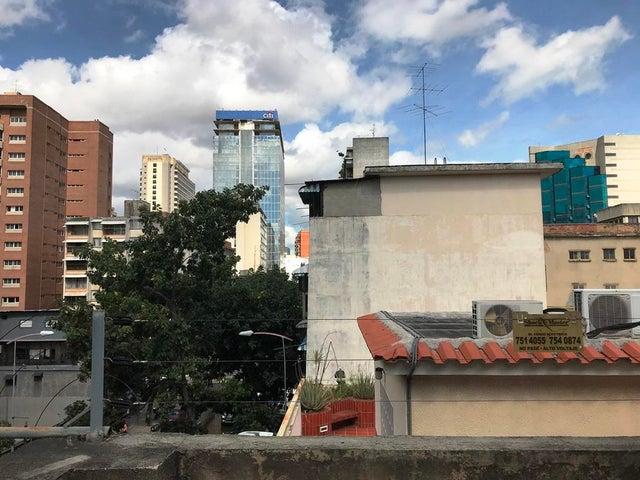 Edificio Distrito Metropolitano>Caracas>Bello Monte - Venta:3.000.000 Precio Referencial - codigo: 20-12367