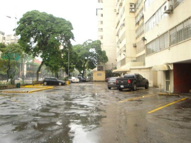 Apartamento Distrito Metropolitano>Caracas>La Florida - Venta:50.000 Precio Referencial - codigo: 20-12420