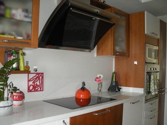 Apartamento Distrito Metropolitano>Caracas>La Florida - Venta:250.000 Precio Referencial - codigo: 20-12431