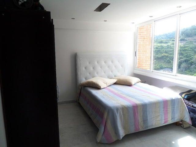 Apartamento Distrito Metropolitano>Caracas>Lomas del Sol - Venta:180.000 Precio Referencial - codigo: 20-12435