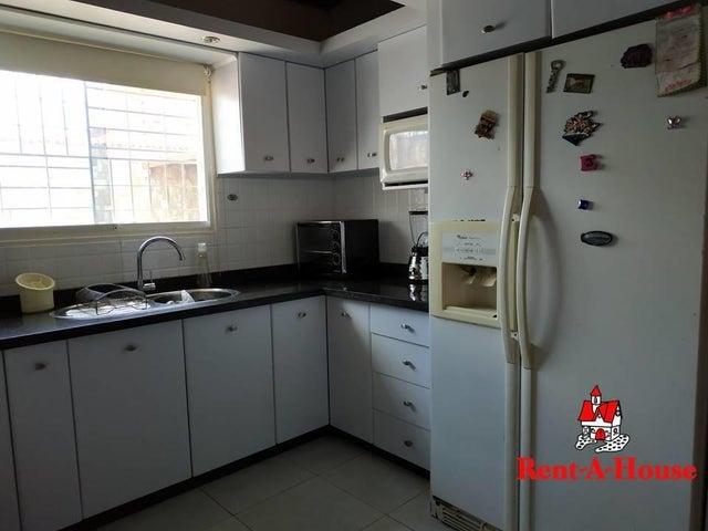 Casa Aragua>Maracay>La Fontana - Venta:47.000 Precio Referencial - codigo: 20-12444
