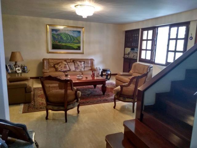 Casa Distrito Metropolitano>Caracas>Santa Fe Norte - Venta:260.000 Precio Referencial - codigo: 20-5171