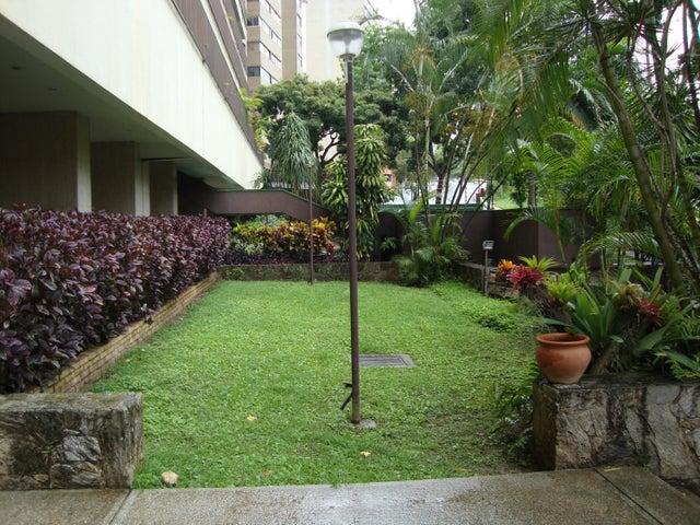 Apartamento Distrito Metropolitano>Caracas>Los Naranjos del Cafetal - Venta:130.000 Precio Referencial - codigo: 20-12625