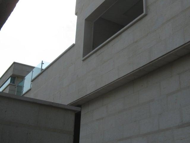 Casa Carabobo>Valencia>Altos de Guataparo - Venta:600.000 Precio Referencial - codigo: 20-12657