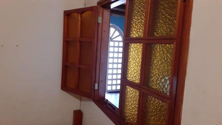 Casa Anzoategui>Barcelona>Boyaca II - Venta:35.000 Precio Referencial - codigo: 20-12910