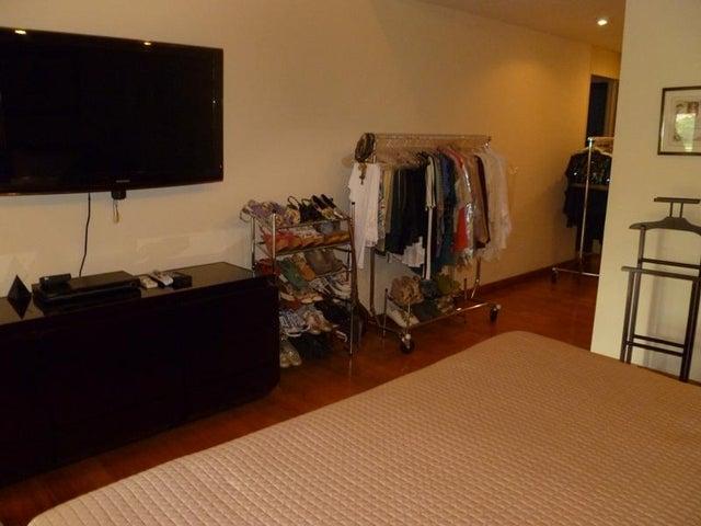 Apartamento Distrito Metropolitano>Caracas>La Lagunita Country Club - Venta:570.000 Precio Referencial - codigo: 20-13225