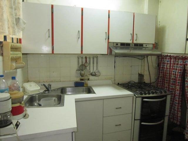 Apartamento Distrito Metropolitano>Caracas>Chacao - Venta:31.500 Precio Referencial - codigo: 20-13601
