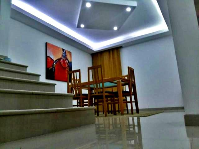 Townhouse Falcon>Punto Fijo>Los Caciques - Venta:90.000 Precio Referencial - codigo: 20-13600
