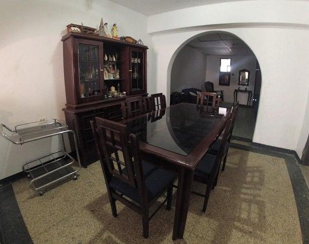 Casa Distrito Metropolitano>Caracas>Propatria - Venta:80.000 Precio Referencial - codigo: 20-13694