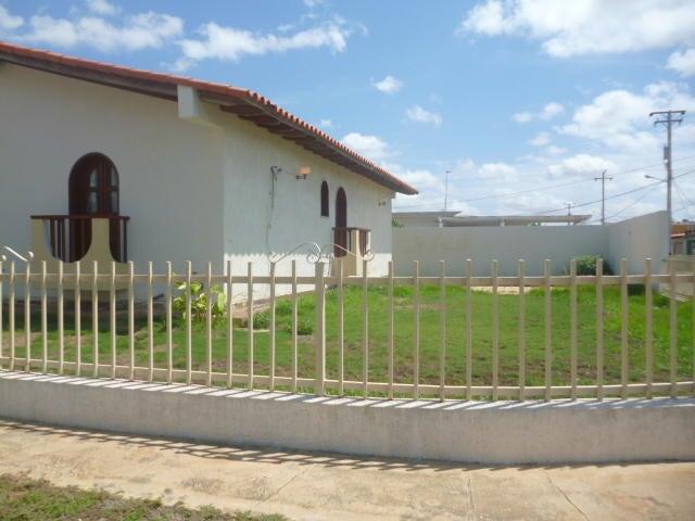 Casa Falcon>Punto Fijo>Judibana - Venta:95.000 Precio Referencial - codigo: 20-13722