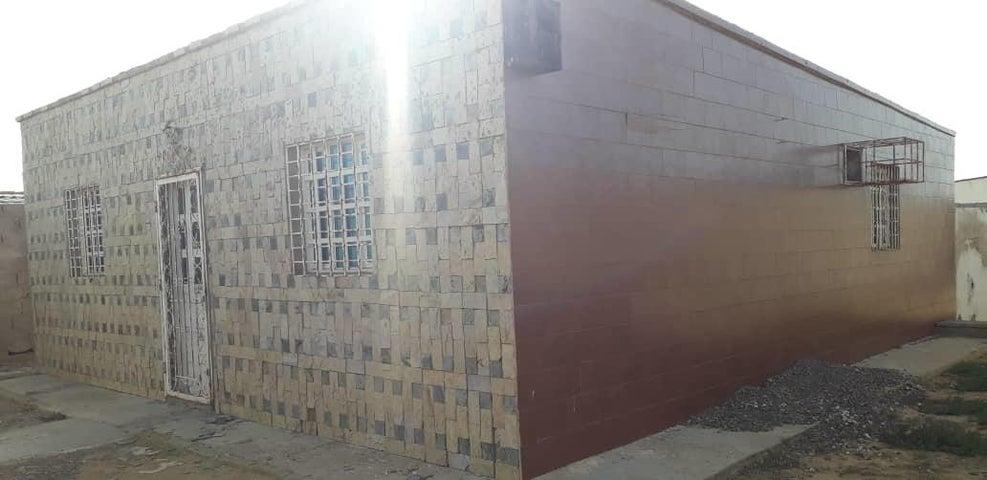 Casa Falcon>Punto Fijo>Los Taques - Venta:3.500 Precio Referencial - codigo: 20-13887