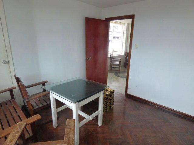 Casa Distrito Metropolitano>Caracas>Las Palmas - Venta:250.000 Precio Referencial - codigo: 20-13890