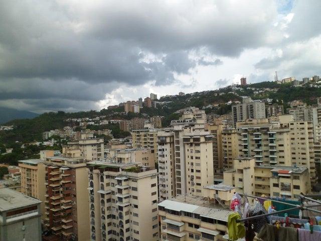 Apartamento Distrito Metropolitano>Caracas>Santa Monica - Venta:40.000 Precio Referencial - codigo: 20-14024