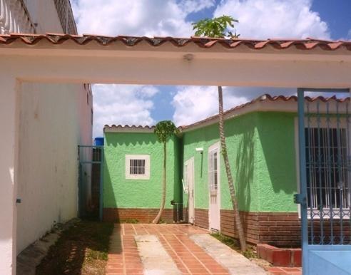 Casa Miranda>Charallave>Mata Linda - Venta:15.000 Precio Referencial - codigo: 20-14035