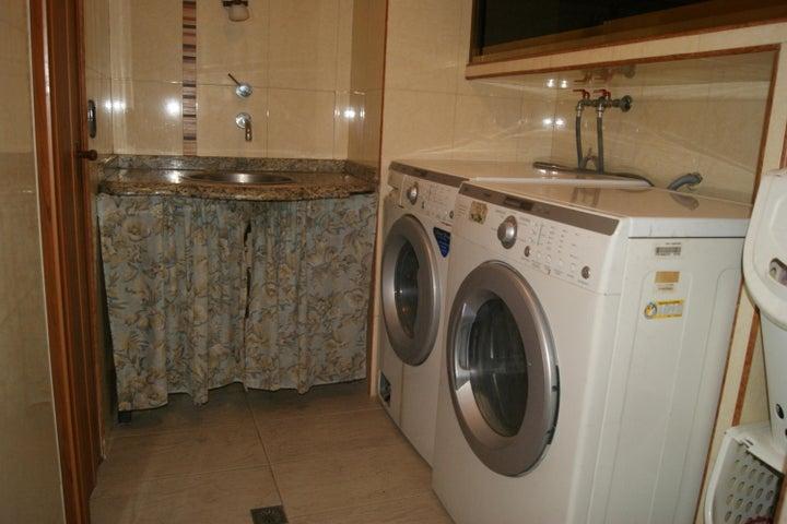 Apartamento Distrito Metropolitano>Caracas>Caricuao - Venta:28.000 Precio Referencial - codigo: 20-14162