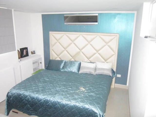 Apartamento Distrito Metropolitano>Caracas>Miranda - Venta:295.000 Precio Referencial - codigo: 20-14306