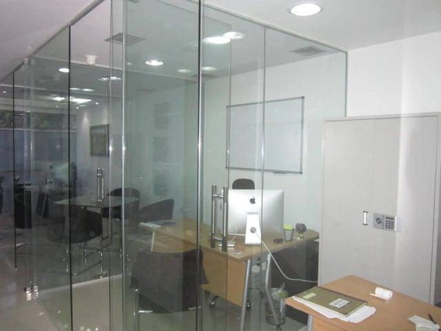 Oficina Distrito Metropolitano>Caracas>Macaracuay - Venta:180.000 Precio Referencial - codigo: 20-14616