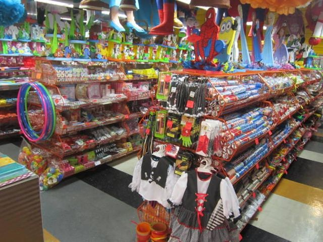 Local Comercial Distrito Metropolitano>Caracas>Prados del Este - Venta:215.000 Precio Referencial - codigo: 20-14622