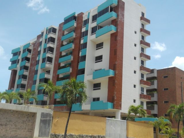 Apartamento Miranda>Higuerote>Puerto Encantado - Venta:30.000 Precio Referencial - codigo: 20-14659