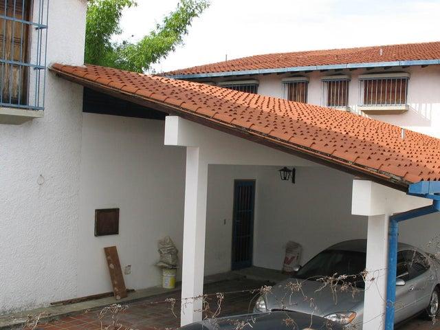 Casa Distrito Metropolitano>Caracas>Terrazas del Club Hipico - Venta:450.000 Precio Referencial - codigo: 20-14898
