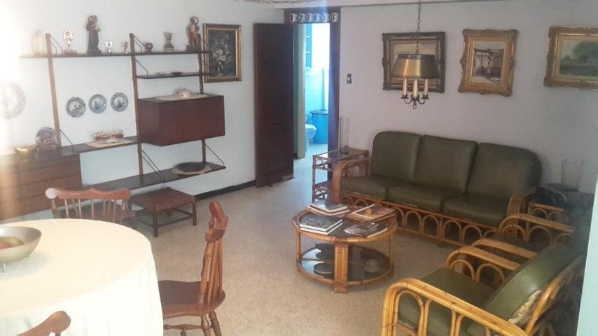 Apartamento Distrito Metropolitano>Caracas>La Florida - Venta:44.500 Precio Referencial - codigo: 20-15195