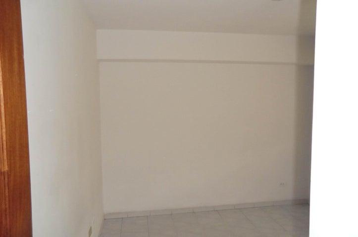 Apartamento Distrito Metropolitano>Caracas>Las Acacias - Venta:90.000 Precio Referencial - codigo: 20-15274