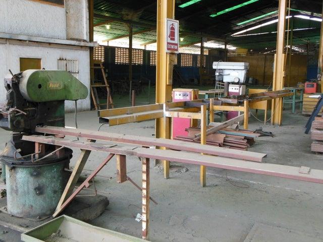 Negocios y Empresas Miranda>Charallave>Centro de Charallave - Venta:5.000.000 Precio Referencial - codigo: 20-15245