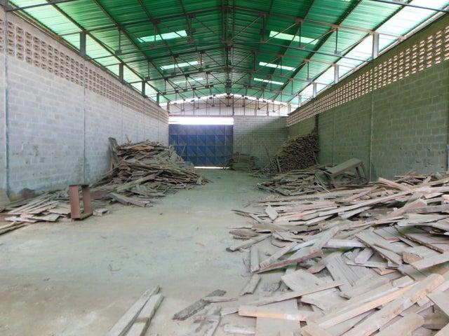 Galpon - Deposito Miranda>Charallave>Centro de Charallave - Venta:2.100.000 Precio Referencial - codigo: 20-15250