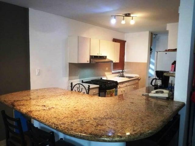 Apartamento Distrito Metropolitano>Caracas>San Luis - Venta:150.000 Precio Referencial - codigo: 20-15356