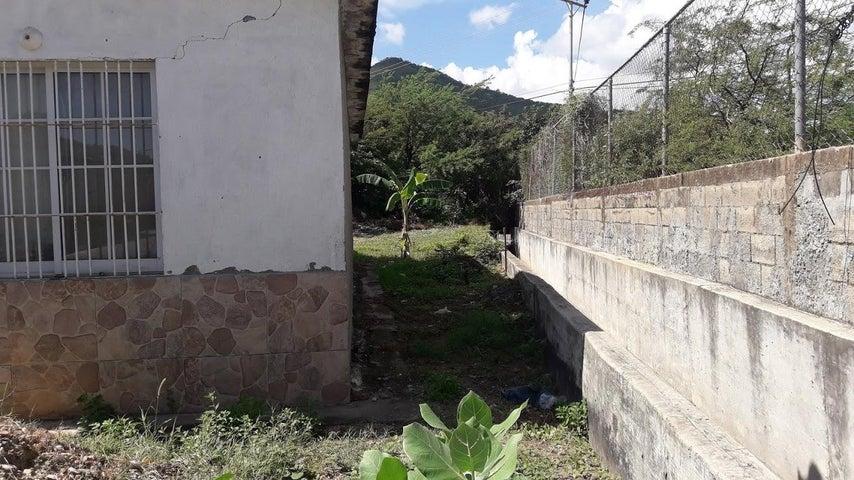Casa Nueva Esparta>Margarita>Los Millanes - Venta:6.000 Precio Referencial - codigo: 20-15491
