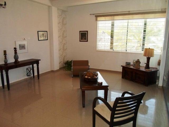 Apartamento Nueva Esparta>Margarita>Guacuco - Venta:48.000 Precio Referencial - codigo: 20-15497