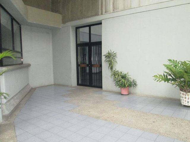Apartamento Distrito Metropolitano>Caracas>Juan Pablo II - Venta:38.500 Precio Referencial - codigo: 20-15852