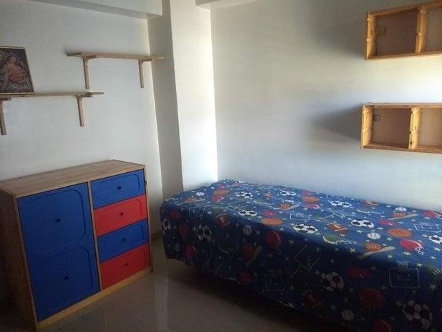Apartamento Miranda>San Antonio de los Altos>Las Minas - Venta:68.000 Precio Referencial - codigo: 20-16002