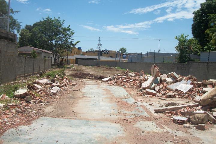 Terreno Zulia>Cabimas>5bocas - Venta:17.500 Precio Referencial - codigo: 20-16268