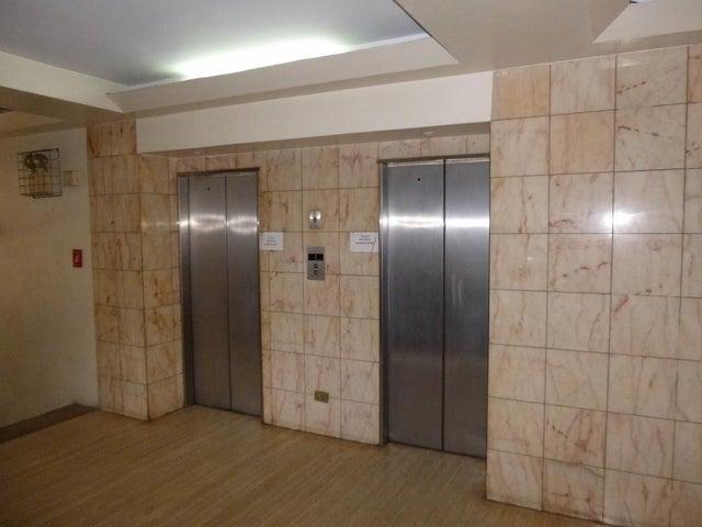 Oficina Distrito Metropolitano>Caracas>Bello Monte - Venta:35.000 Precio Referencial - codigo: 20-16291