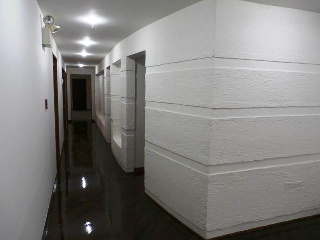 Oficina Distrito Metropolitano>Caracas>Las Mercedes - Venta:850.000 Precio Referencial - codigo: 20-16321