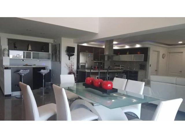 Apartamento Nueva Esparta>Margarita>Playa el Angel - Venta:280.000 Precio Referencial - codigo: 20-16474
